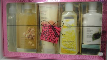 Bath & Body Works (5 arts in one pack)
